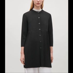 COS Blk Long Sleeve Button Front Pleated Cardigan